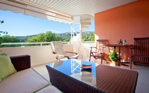 Penthouse for sale in Bendinat Golf